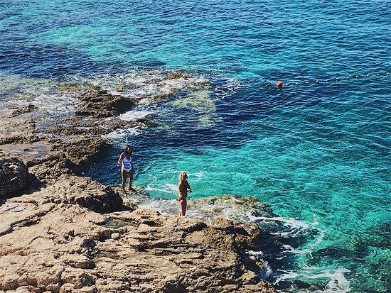 Splendid Golden Rocks Resort: photo0.jpg