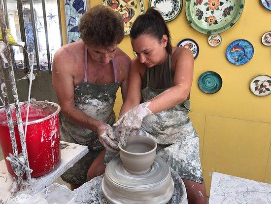 Koloni, Kypros: Pottery class