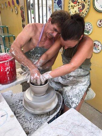 Koloni, قبرص: Pottery class