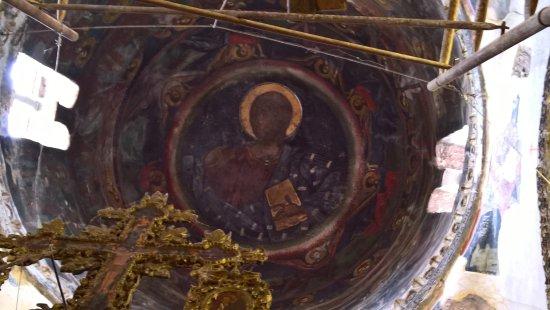 Libohove, Albanië: coupole fresques du 13eme avec un essai de restauration