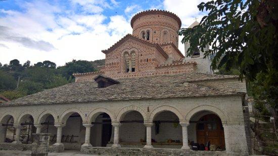 Libohove, ألبانيا: majestueux
