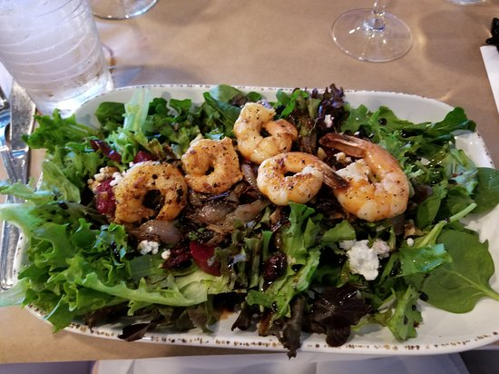 The Nomad Cafe: French salad with wild shrimp