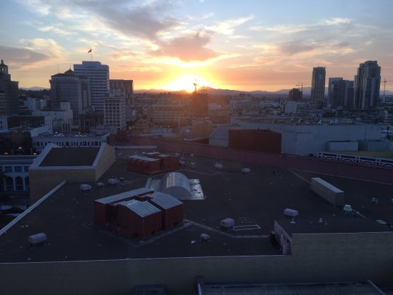The Westin San Diego Gaslamp Quarter: Views in and around my king bedroom 1513