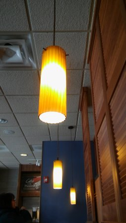 East Windsor, NJ: Loved the long lights in a row over one section of tables