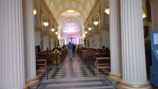 Eglise de Notre Dame de la Conception Immaculee Church: View after Enterance