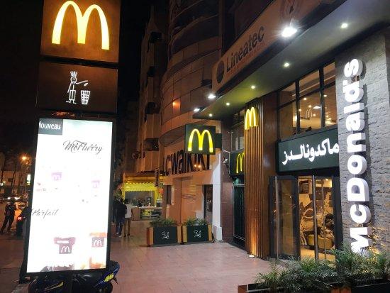 Rabat-Salé-Zemmour-Zaer, Marokko: Bis spät geöffnet.