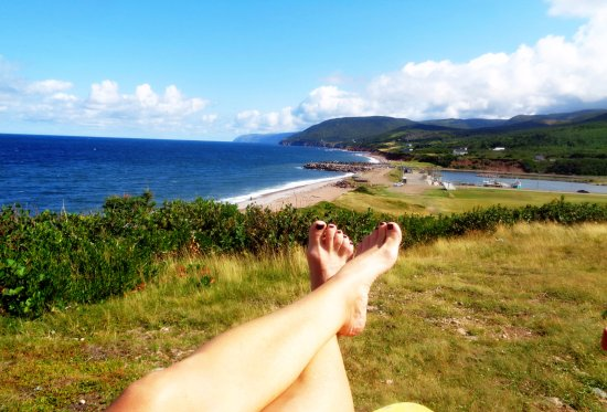 Cabot Trail Hostel: five minute walk from the Hostel for this view. Wonderful Sunset views