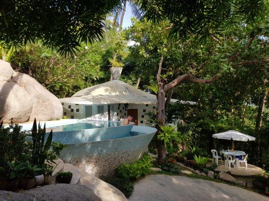 Monkey Flower Villas: Bougainvillea-villa