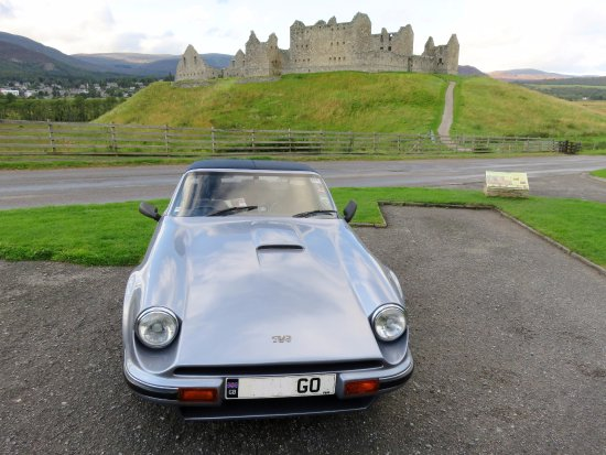 Newtonmore, UK: The TVR at Ruthven Barracks on a Scotland tour (04/Sept/17).