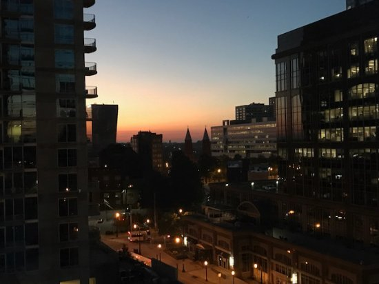 W Atlanta Downtown : This was the sunrise as I was getting on the elevator!
