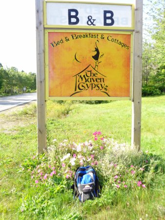 The Maven Gypsy Bed & Breakfast & Cottages: Sign on the Road because we missed it a couple of times