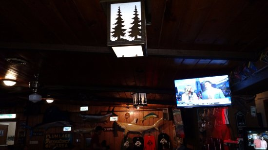Sayner Pub - Sayner - Vilas County - Snowmobile - Fishing - Hunting - Delicious Food