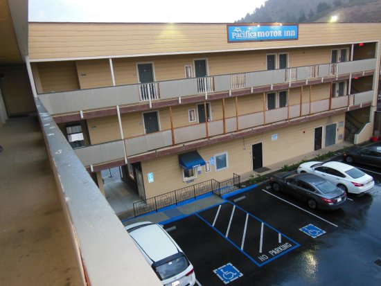 Pacifica Motor Inn Photo