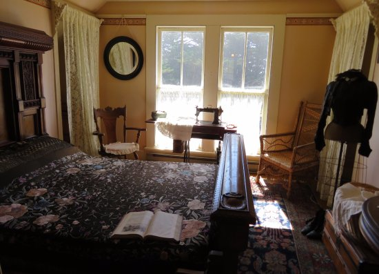 Kelley House Museum: Each room is furnished as though a family member had just walked away and would be back soon.