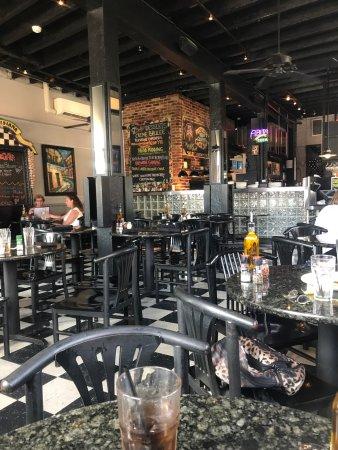 Louisiana Pizza Kitchen French Quarter: photo1.jpg
