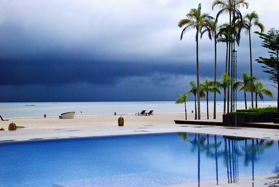 Daanbantayan, Philippines: Pool after a brief storm