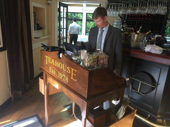 Teahouse in Stanley Park: La recepción