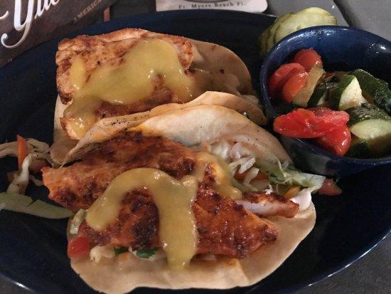 Dixie fish co fort myers beach omd men om restauranger for Dixie fish company