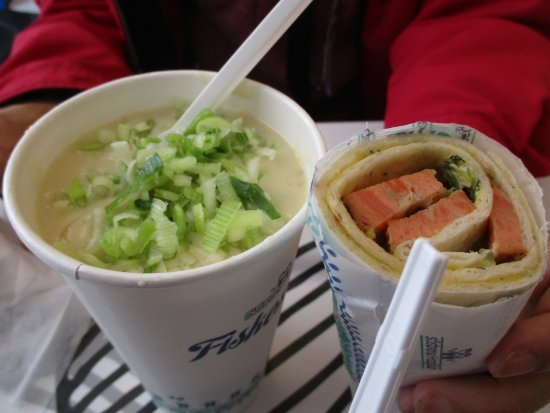 Sostrene Hagelin: フィッシュスープとトラウトロール
