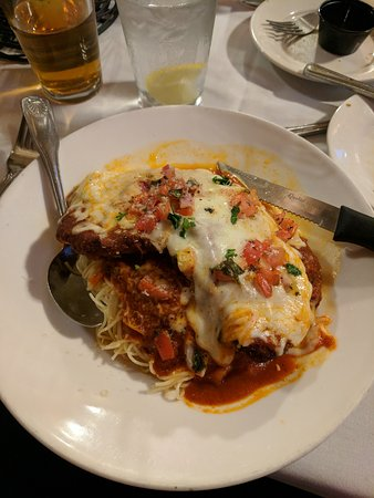 Bordentown, Nueva Jersey: The oso bucco, parmesan, and tuna