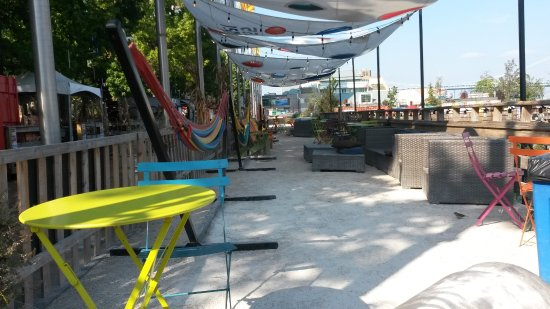 Spruce Street Harbor Park: Outdoor Dining. Harbor Park, Philadelphia
