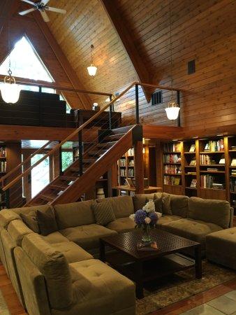 Chetek, WI: Library