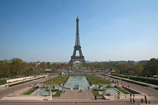 Lunch Restaurant 58-Eiffel Tower...
