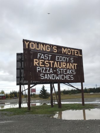 Young's Motel: photo0.jpg