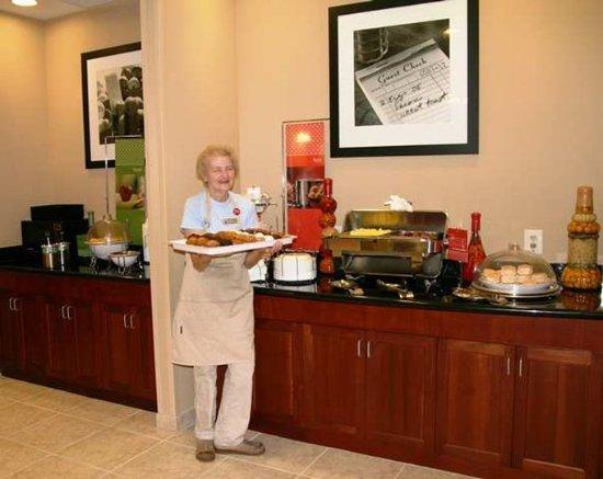 Warrington, Пенсильвания: Breakfast Area