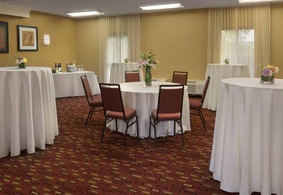 Wayne, PA: Meeting Space - Reception Setup