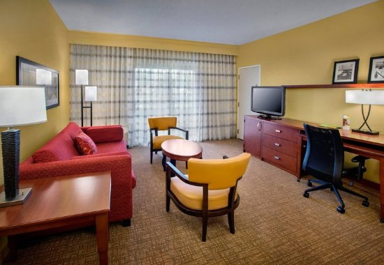 Wayne, Pensilvania: Double/Double Suite Living Room