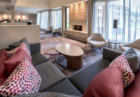 Wayne, Pensilvanya: Lobby Lounge