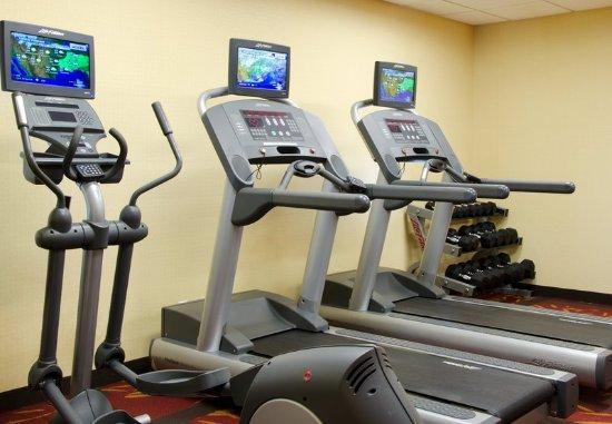 Courtyard Kansas City South: Fitness Center