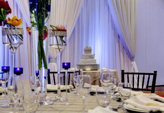 Courtyard Atlanta Decatur Downtown/Emory: Wedding Reception