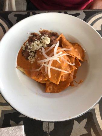 Chilaquiles al chipotle