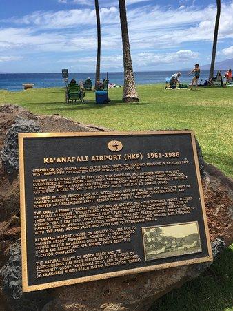 Kahekili Beach Park: Airport beach