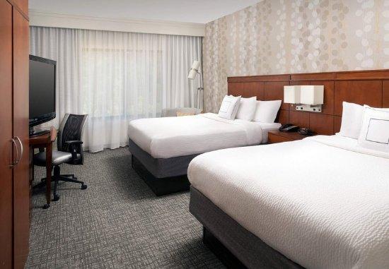 Lufkin, TX: Queen/Queen Guest Room