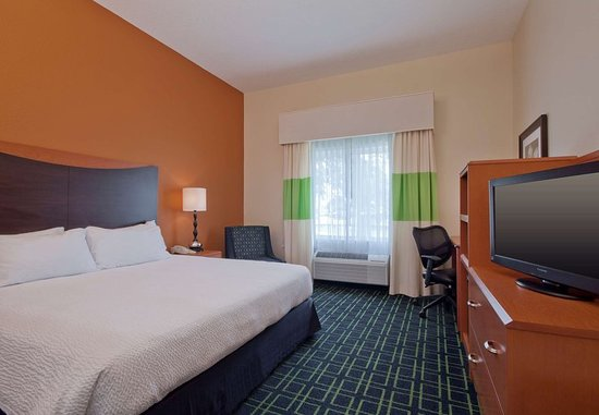 Houma, LA: King Guest Room