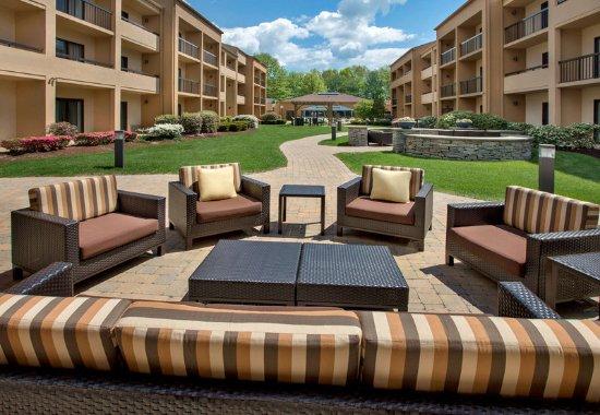 Andover, MA: Outdoor Terrace