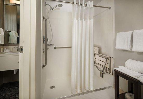 Orange, CT: Accessible Bathroom