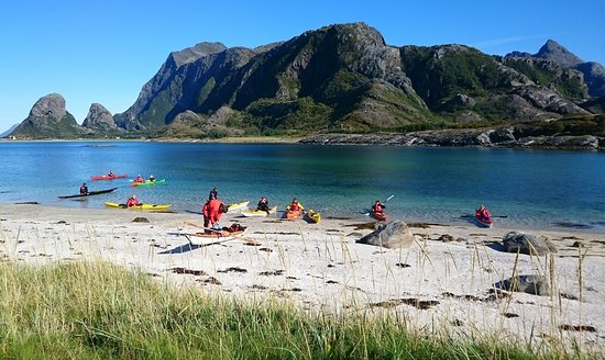 Nesna, Norge: Bli med oss på guidet tur på Tomma. Vi tilbyr også kurs som gir NPF våttkort. Foto: Marit Løvhau