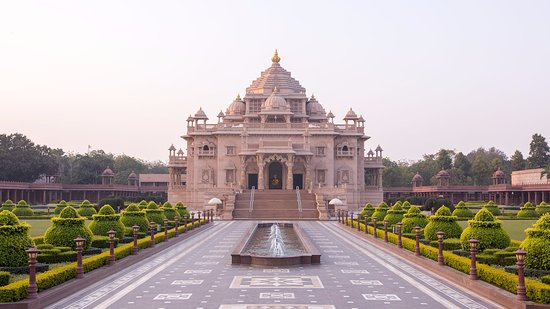 Akshardham Temple: Main Temple Building