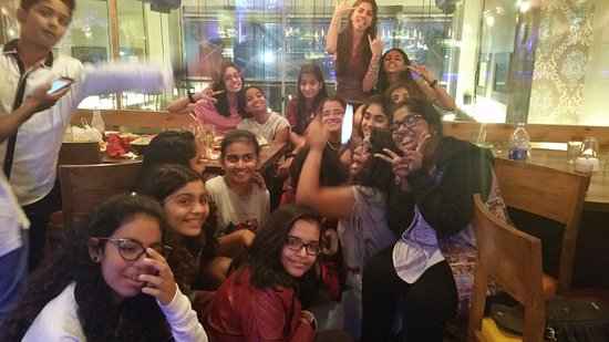 Where to find girls in mumbai  Best Pubs in Mumbai for