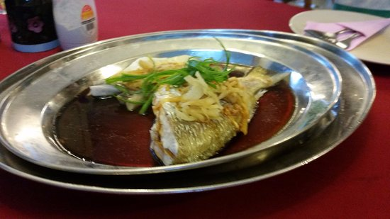 Guan Guan Cafe: Beautiful cooked fish.