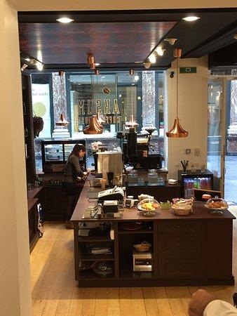 Aksum Coffee House : photo1.jpg
