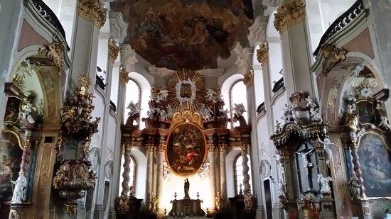 Kostel Panny Marie Snezne