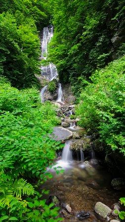 Karasawa Falls