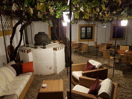 Pousada Convento de Evora: 20170918_225353_large.jpg