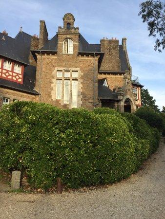 Chateau Richeux Photo