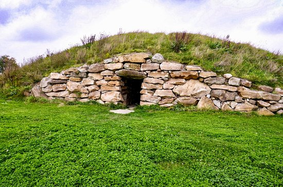 The Long Barrow at All Cannings